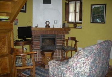 Casa La Cuerre - Arangas, Asturias