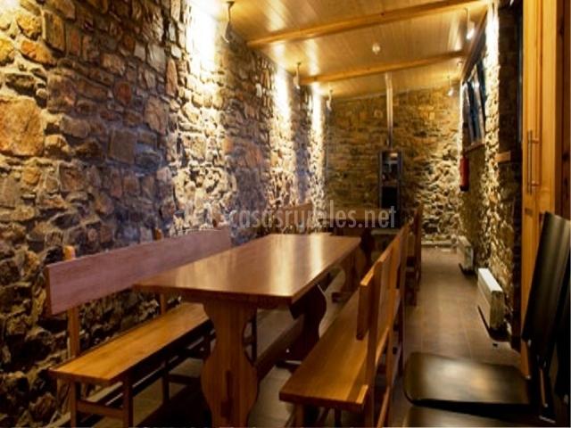 El molino de losacio en losacio zamora - Pared de piedra interior ...