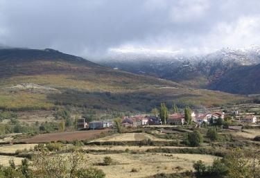 El Mirador del Pico del Lobo - Riofrio De Riaza, Segovia