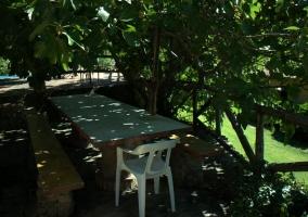 Mesa para comer en el exterior