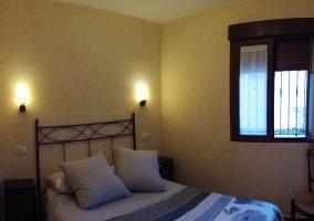 Dormitorio en tono ocre