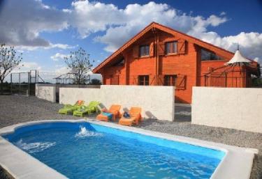 Casas rurales con jacuzzi en padul for Casa relax granada