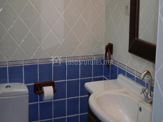 Casa rural las murallas en brihuega guadalajara - Azulejos brihuega ...