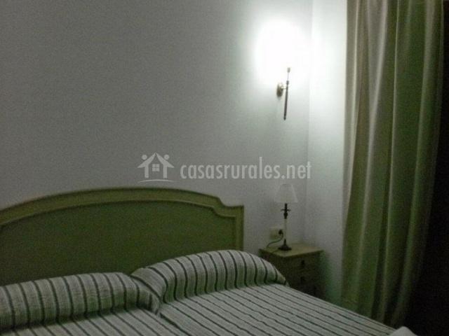 Dormitorio doble en verde