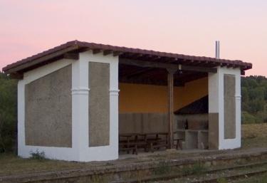 Los Baños de La Estación - Rabanera Del Pinar, Burgos