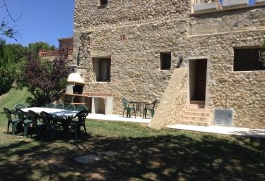 Can Bastons II - Vilanova De La Muga, Girona