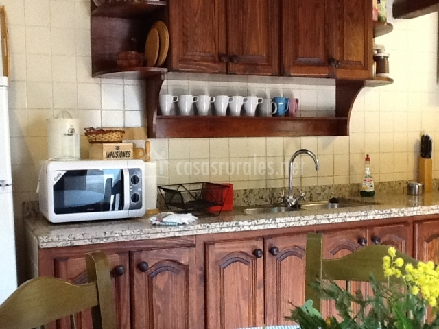 Casa la hondura en la orotava tenerife for Mesa cocina tenerife