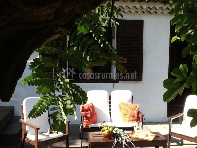Casa la hondura en la orotava tenerife - Muebles para la entrada de la casa ...