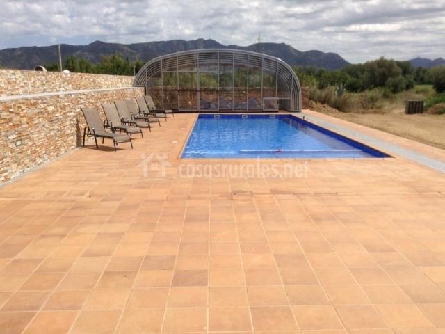 Apartamento mas fita casas rurales en vilanova de la for Casa rural girona piscina