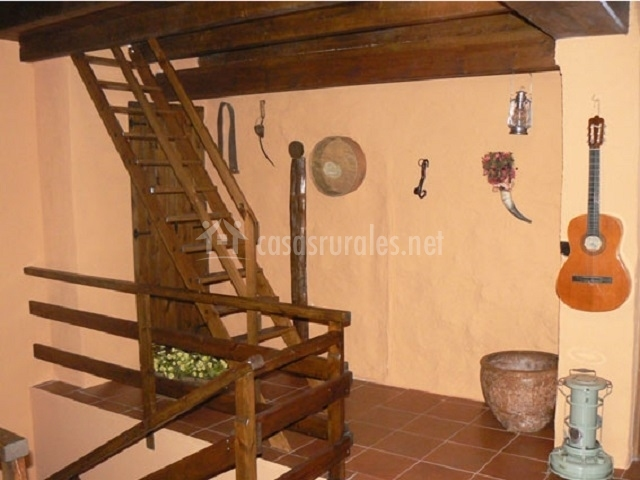 Escaleras para buhardilla stunning escalera perchero with - Escalera para buhardilla ...
