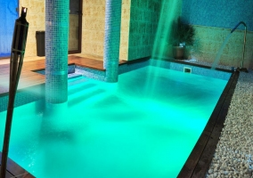 Vista de la piscina climatizada