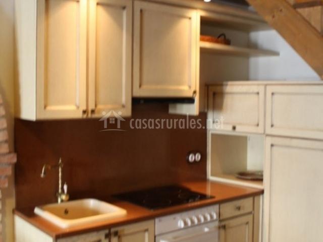 Casa rural caminero en panzano huesca for Muebles de cocina huesca