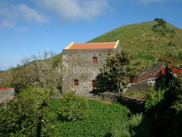 Casa rural taguacinte en valverde el hierro for Casa rural 5 habitaciones