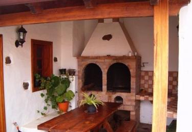 La Casa de mis padres - El Pinar (V. Hierro), El Hierro