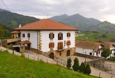 Casa Rural Accesible Utxunea - Donamaria, Navarra
