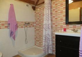 Baño planta principal con ducha