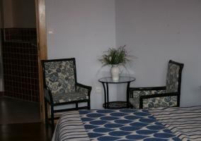 Con mesita y sillas