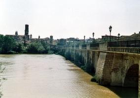 Puente sobre el río Ebro en Tudela