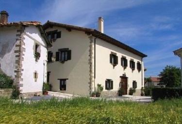Hostal Rural Huartearena - Iza, Navarra