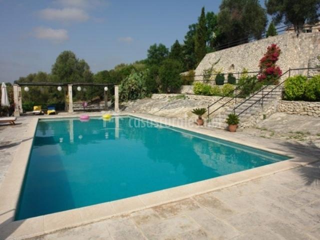 Casa sestador es puig molt en montu ri mallorca for Complejo rural con piscina