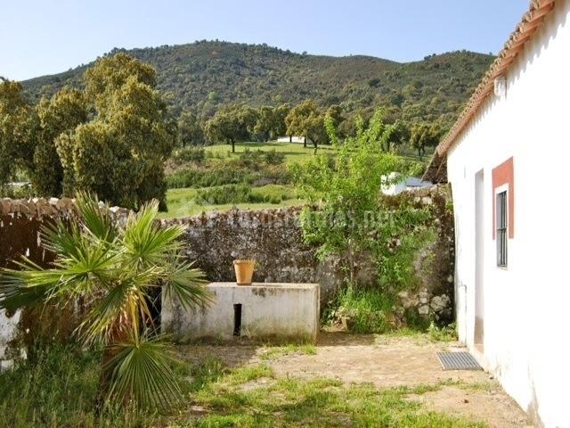 Casa rural romero en zufre huelva for Casa jardin restaurante
