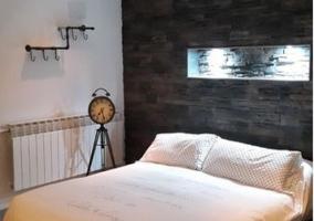 Dormitorio con jacuzzi
