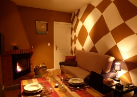 Apartamento 2 dormitorios con chimenea