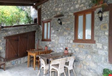 Las Rocas de Brez- Apartamento 2 - Brez, Cantabria