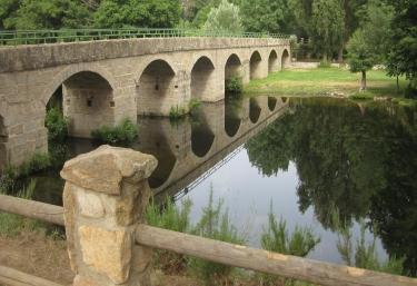 Burgohondo, puente nuevo