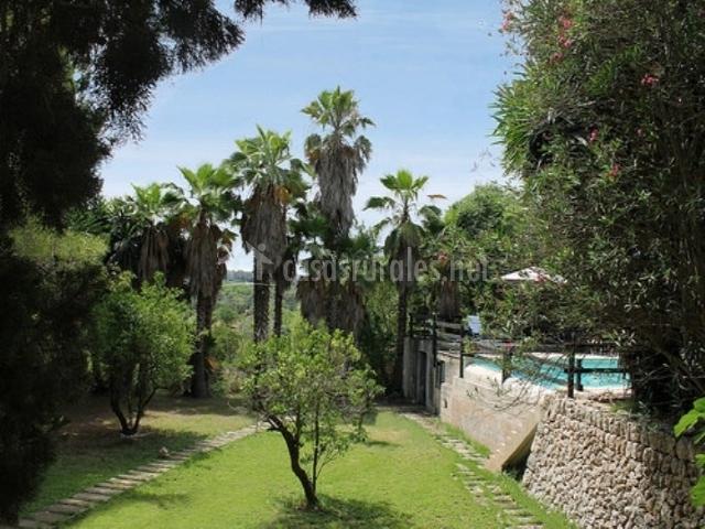 Hotel rural son jord en sencelles mallorca for Piscina y jardin mallorca