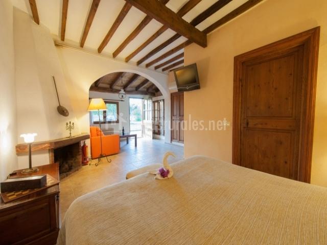 Dormitorio suite especial con chimenea