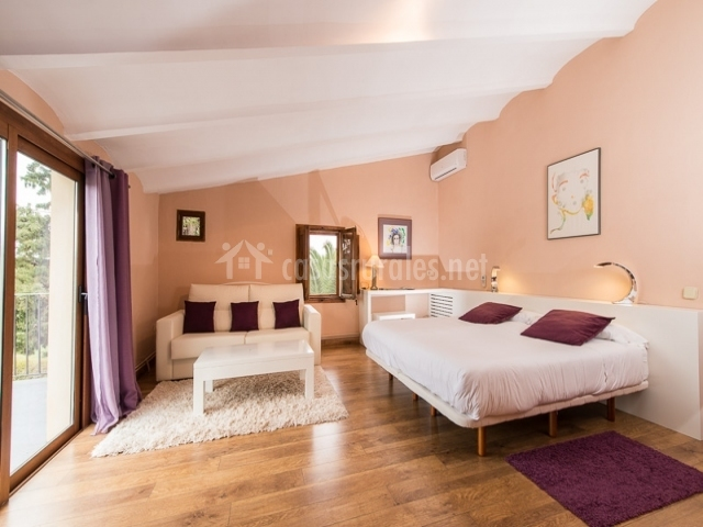 Suite especial con muebles blancos