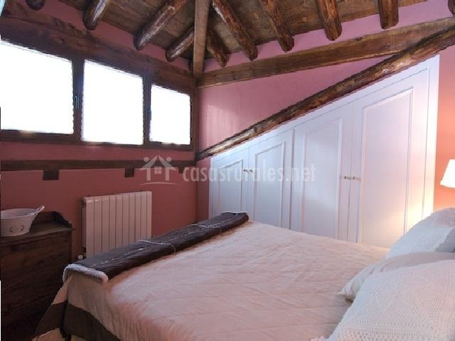 Habitación con vistas desde la cama