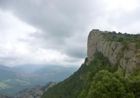 Vista de la cumbre de una montaña