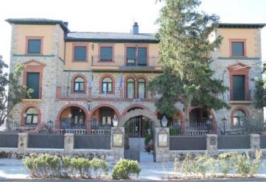 Posada Real Quinta San Jose - Piedralaves, Ávila