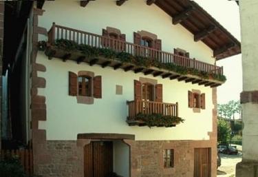 Kastonea I y II - Errazu/erratzu, Navarra