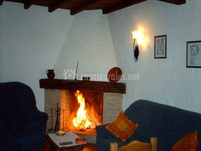 Casa castellana en villanueva del conde salamanca - Chimeneas en salamanca ...