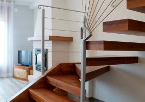Escaleras acceso 1 planta