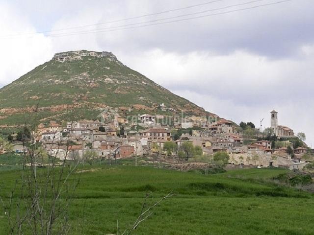 Vista del pueblo de Hita y paisaje