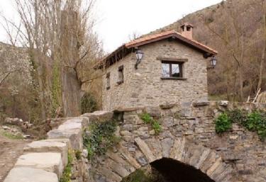 Casa de Concejos - Casas de Velilla - San Roman De Cameros, La Rioja
