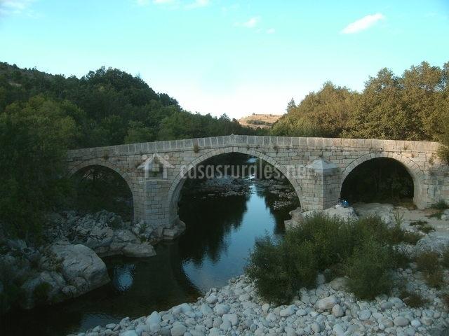 Puente Romano Matrimonio : Casa la plazuela en navalonguilla Ávila