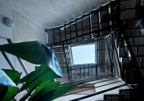 Escaleras hacia el apartamento