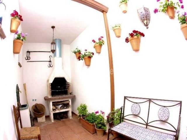 Casa rural melit n en povedilla albacete for Barbacoa patio interior