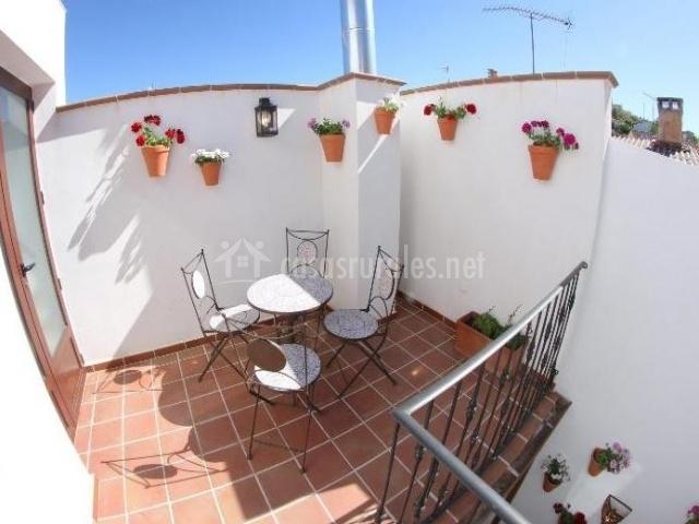 Terraza con mueble del dormitorio