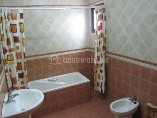 El lugar en ronda m laga - Cortinas para cuartos de bano ...