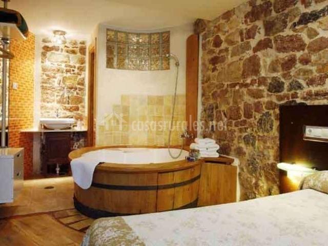Casa rural aguas del sella casas rurales en precendi asturias - Casas rurales con jacuzzi y chimenea ...