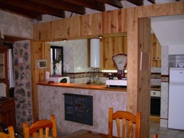Las r sticas del durat n en castro de fuentidue a segovia for Barras de cocina rusticas