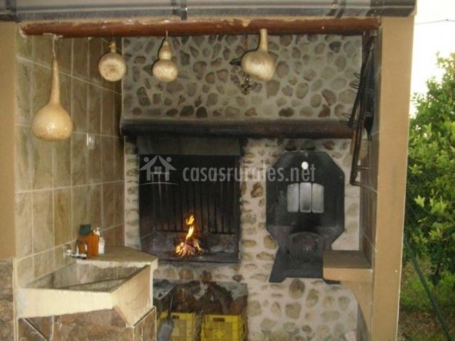 Casa rural villa arriba en pliego murcia - Hacer chimenea barbacoa ...