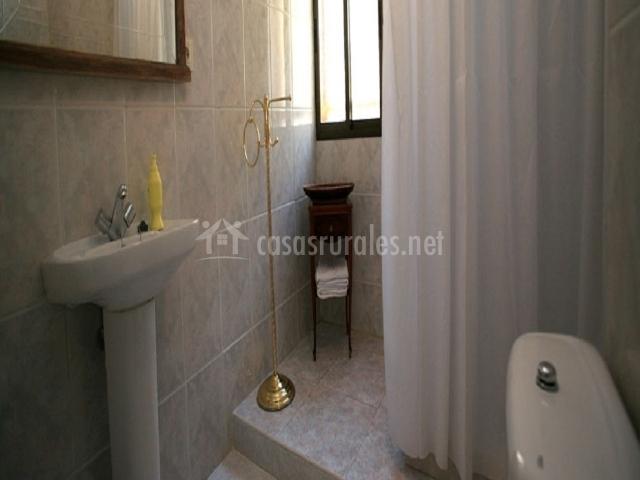 Sierra de lokiz en galdeano navarra - Ver cuartos de bano con plato de ducha ...