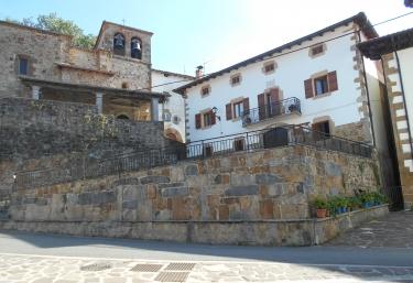 Juankonogoia - Pueblo Urroz De Santesteban/urrotz, Navarra